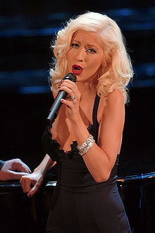 Christina Aguilera looking slim and healthy