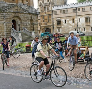 Cyclists in Oxford by Tejvan Pettinger
