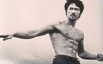 Bruce Lee upper body and abs