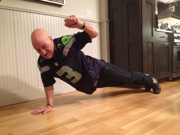 Patrick Stewart one-arm push ups