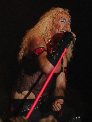 Snider performing in Manchester England 2006
