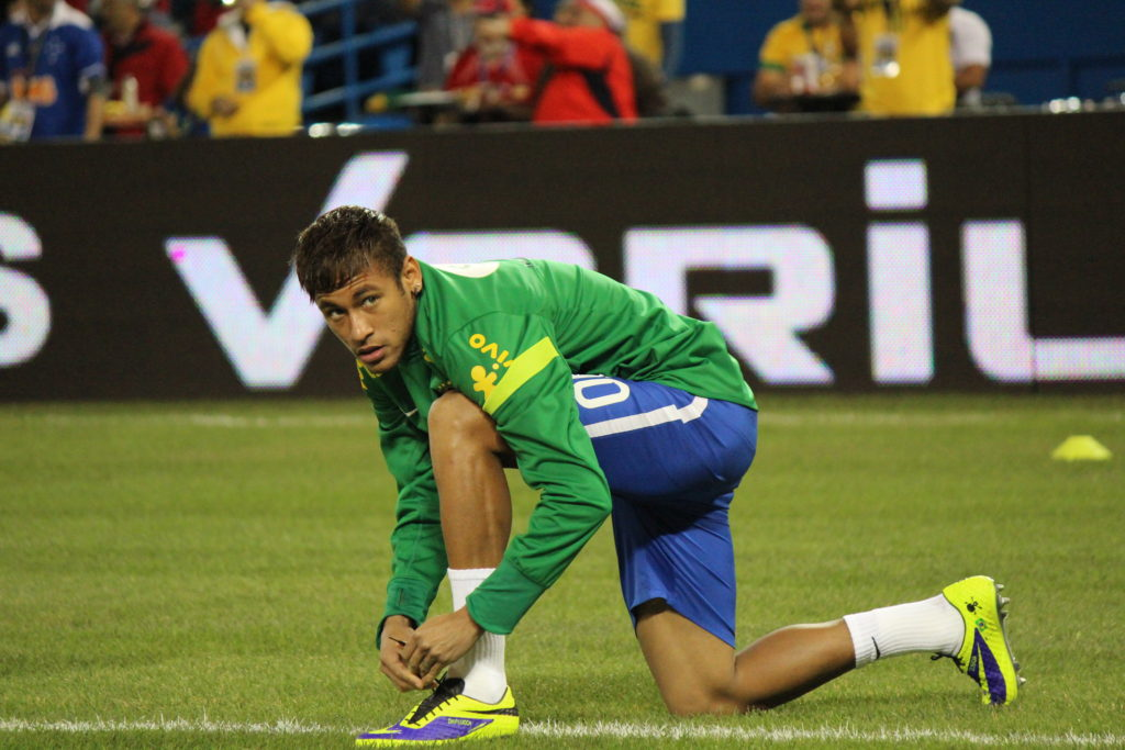 Neymar warming up on pitch